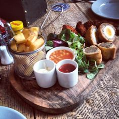 Pub food platter - i think pots and serving dishes can go a step too far at times