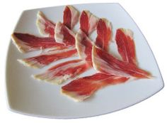 Presentación plato de jamón DOP Jamón de Teruel. Cortado por Iván Martínez. Presentación en forma de flor. Bacon, Vegetables, The Originals, Breakfast, Drinks, Google, Gourmet, Flower, Dishes