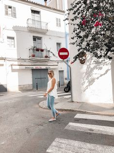 Frühsommer-Outfit-Alice-Christina-Blog-12 Bluse Outfit, Denim Look, Ballerinas, Alice, White Dress, Streetstyle, Outfits, Blog, Fashion