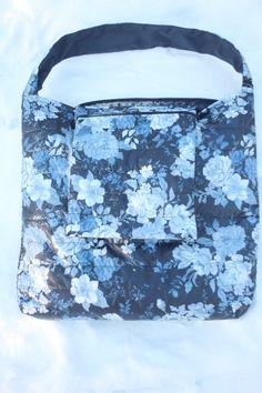 niebieska pikowana kwiatkowa z kieszonką (jak wszystkie:)