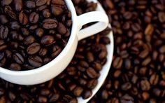 Granos de Cafe en Taza