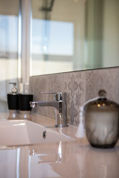 There's nothing like an elegant bathroom to sooth your soul after a long day at work. #elegantbathroom #bathroom #ensuite #interiordesign #kaitunaplan #generationhomesnz 4 Bedroom House Plans, Bathrooms, How To Plan, Interior Design, Elegant, Home Decor, Nest Design, Classy, Chic