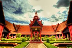 National Museum of Cambodia at Phnom Penh (Video inside)