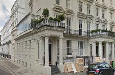 Rachel's Notting Hill pad in the British film About a Boy.