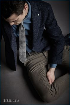 Mens Fashion Winter – The World of Mens Fashion Mens Fashion Blog, Men's Fashion, Smart Men, Smart Outfit, Stylish Mens Outfits, Winter Collection, Formal Wear, Suit Jacket, Menswear