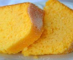Bolo de Fubá Fofinho! - Ver Dicas Cupcakes, Cupcake Cakes, Brazillian Food, Clotted Cream, Homemade Cakes, Desert Recipes, Cakes And More, Drinking Tea, Yummy Cakes