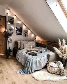 Attic Bedroom Designs, Room Design Bedroom, Room Ideas Bedroom, Home Bedroom, Budget Bedroom, Dorm Room Themes, Bedrooms, Bedroom Inspo, Cute Bedroom Decor