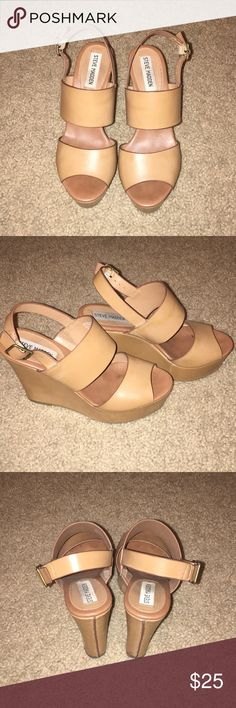 Steve Madden tan heels Good condition and super cute! Accepting most offers Steve Madden Shoes Heels