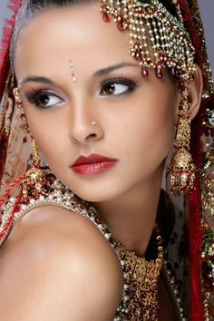Cele mai frumoase mirese indience