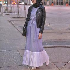Sonbahar geldiyse herseyi deri ceketle kombinlerim ozellikle bu guzel @elcheeofficial elbiseyi ✌️
