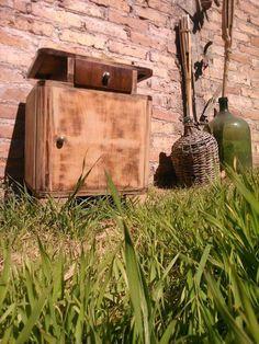 Madera Wood, Furniture