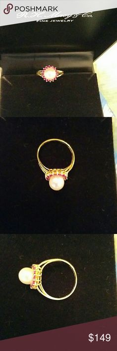 Vintage Pearl/Ruby ring 14K gold Stunning vintage Cultured pearl/Ruby ring in 14K gold! From JH Macy's! The original Macy's store. Matching necklace/earrings set in seperate listing. JH Macy's  Jewelry Rings
