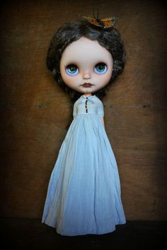 The Harper dress for Blythe por CupcakeCurio en Etsy, $38.00