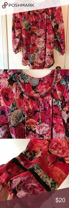 {anthro} Rose patterned blouse Beautiful rose patterned silk blouse from Anthro (Vanessa Virginia collection)!! Like new condition. 3/4 sleeves. 🌹🌷🌹🌷 Anthropologie Tops Blouses