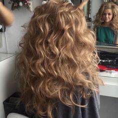 Растрепушки на длинные и натуральные волосы без дополнительных прядей☺️ Hair by me #art4studio #trucco #hair #hairstyle #wedding #makeup #weddingidea #acconciatura #weddingstyle #bride #bridallook #bridalmakeup #bridalhairstyle #hairdo #hairstyle @hairstyle #brides #стилист #updo #свадебныйстилист #свадебныймакияж #свадебныепрически #макияж #прическа#beauty #vegas_nay #hudabeauty @hudabeauty @styleartists #vegas_nay #makegirlz  #wakeupandmakeup @wakeupandmakeup @hair.videos @peinadosvideos…
