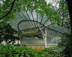 Paris Metro entrance. Hector Guimard