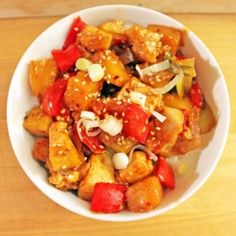 Vegetarian Sweet & Sour Tofu  I'm allergic to pinapple so I'll just take another fruit, like mandarin :)