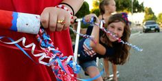 What could be more patriotic than some fancy streamer handle bars for a good old-fashioned Fourth of July Parade! Bike Decorations, 4th Of July Decorations, Halloween Decorations, 4th Of July Fireworks, Fourth Of July, Outside Activities For Kids, Kid Activities, Bike Parade, Homemade Mothers Day Gifts