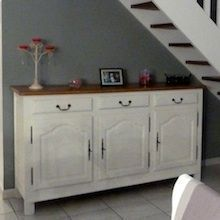PEINDRE ET TRANSFORMER SES MEUBLES : Transformer un vieux buffet : Technique et produits. Chalk Paint Furniture, Deco Furniture, Upcycled Furniture, Furniture Makeover, Home Furniture, Renovation D, Oh My Home, Home Staging, Home Living Room