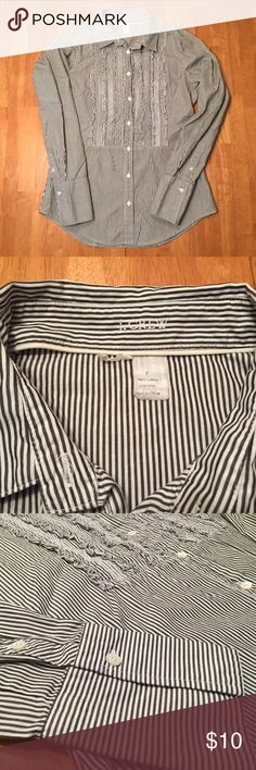 """J. Crew dark grey white stripe ruffle button down EUC. J. Crew dark coal grey (COA) and white striped ruffled long sleeve button down shirt. Mother of pearl buttons. 100% cotton. Measurements (flat): shoulder width 14"""", bust 17"""", length 24.5"""", sleeves 23.5"""". Machine wash. Style 80058. No trades please! J. Crew Tops Button Down Shirts"""
