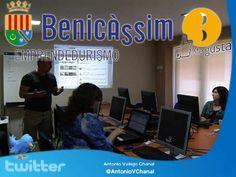 Taller de #Twitter para emprendedores en Benicassim. Se realiza los días 14, 15 y 16 de mayo de 9.30 a 13.30 en el Centro de Formación y Empleo Barberá i Cepriá. Un workshop práctico de 12 horas de duración, repartido en tres sesiones, por niveles, en el que tendrás la oportunidad de exprimir esta red social para dinamizar al máximo tu... http://www.antoniovchanal.com/2013/04/taller-de-twitter-para-emprendedores-en-benicassim.html