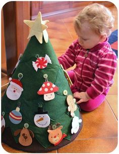 DIY Felt Christmas Tree For Kids! What a great idea! DIY Felt Christmas Tree that the kids can play with! So much fun to make and I'm sure this will keep your kids occupied while you prepare your Holiday feast! Great decor and learning activity for kids! Noel Christmas, All Things Christmas, Christmas And New Year, Winter Christmas, Toddler Christmas, Christmas Ideas, Homemade Christmas, Christmas Calendar, Christmas Ornaments