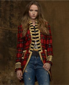 moda militar tendencias trendy outfit style woman mujer military look Mode Tartan, Tartan Plaid, Style Work, Mode Style, Look Formal, Denim And Supply, Dolce & Gabbana, Military Fashion, Military Style