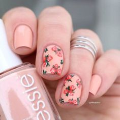 Vintage Roses Nail Designs Have you been trying to find new ideas concerning the way to do your manicure this time? Spring is simply round the corner, Rose Nail Design, Rose Nail Art, Rose Nails, Polygel Nails, Fun Nails, Hair And Nails, Pretty Nails, Nail Art Designs, Nail Designs Spring