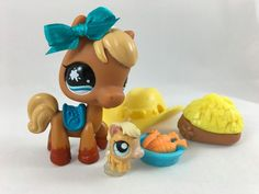 Littlest Pet Shop Cute Brown & Cream Horse #840 w/Teensie Horse & Accessories #Hasbro