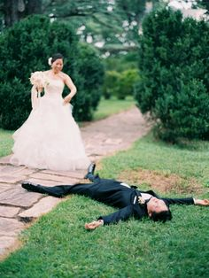 We're floored by this cute first look moment! http://www.stylemepretty.com/little-black-book-blog/2015/11/10/charming-leesburg-garden-wedding/   Photography: Caroline Yoon - http://www.carolineyoonphotography.com/