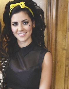 Marina and The Diamonds, she's gorgeous <3 I love her so much, so much talent, the most beautiful voice, such artistic ideas...  ACTUAL TALENT. wow. so pretty!