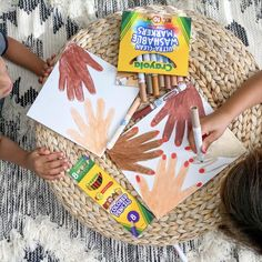 Diversity Activities, Preschool Activities, Nanny Activities, Easy Art Projects, Projects For Kids, Diy Crafts To Do, Crafts For Kids, Toddler Crafts, Preschool Crafts