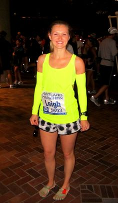 Running the Portland Marathon in Vibram Five Fingers and NEON!!
