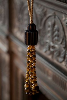 TIGER EYE TASSEL