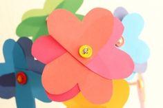 Flores de corazones de papel