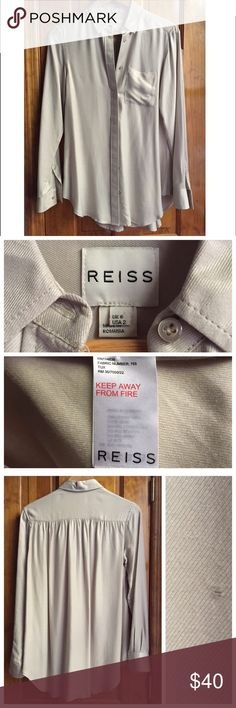 """REISS High-end Buttondown Shirt Size:2 GREAT This is a great Buttondown Shirt from luxury brand, Reiss. Size:2 Bust (underarms when laid flat) 15"""" Length:24"""" // Condition: GREAT with minor imperfection on the front side (pictured) // Material: 93% Viscose 7% Silk // It is a lightweight and very stylish model with hidden buttons and a front pocket. 15% off on bundles. I ship same-day from pet/smoke-free home. Buy with confidence. I am a top seller with over 300 5-star ratings and A LOT of…"""