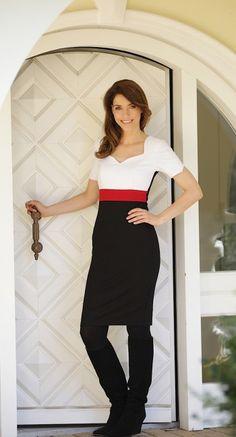 Noemie Dress | Tricolor | MIT AUFFÄLLIGEM REISSVERSCHLUß - AMCO fashion | Business Mode |