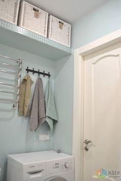 Ванная комната, островок цвета в белом-белом доме.