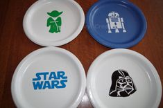 Hey, I found this really awesome Etsy listing at https://www.etsy.com/listing/202582910/party-packages-of-star-wars-party-plates