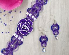 Micro macrame bracelet and earrings by ChristinaCay on Etsy