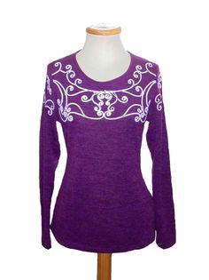 Camiseta bordado cordón delantero y mangas, color Vino