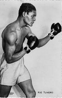 """El Boxeo, otro gran pujil fue Kid Tunero, se llamaba Evelio Mustelier y era de origen cubano. Todos le llamaban Kid Tunero, aunque también era conocido como """"El Caballero del Ring"""" por su elegancia, educación y por su gran deportividad en todo momento y ante cualquier rival. Cuba, Che Guevara, Legends, Art Projects, Boxing, Knight, Elegance Fashion, Souvenirs, Culture"""