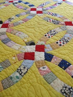 vintage wedding ring quilt - great colors!