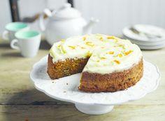 Una de las tartas más exquisitas que puedas probar nunca es la tarta de zanahoria o carrot cake con glaseado de queso crema. ¿No sabes cómo prepararla! No te preocupes...¡tenemos la receta!