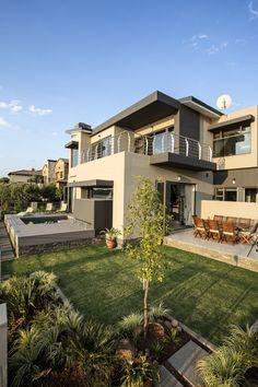 Modern Exterior House Designs, Modern House Plans, Cool House Designs, Modern House Design, Exterior Design, Contemporary Homes, Modern Homes, Balcony Grill Design, Sunken Living Room