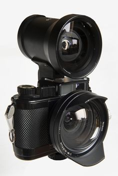 Vintage Cameras, Vintage Photos, Nikon, Latest Tech Gadgets, Classic Camera, Magic Eyes, Camera Gear, Video Camera, Thing 1