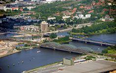 Hamburg ist ein schillerndes Paradies - am Boden, zu Wasser und aus der Luft. Auf seinem Rundflug über die Stadt hat MOPO-Fotograf Patrick Sun beeindruckende Impressionen eingefangen.