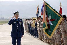 Su Majestad el Rey Don Felipe pasa revista a la fuerza a su llegada a la Base Aérea de Alcantarilla. Base Aérea de Alcantarilla (Murcia), 09.02.2016
