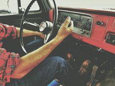 lifestyleoftheunemployed:Take a Road Trip