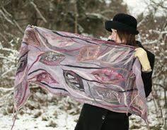 Картинки по запросу белый валяный шарф